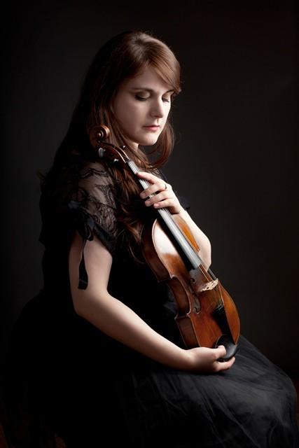 Vijolniece Olīvija Steindlere