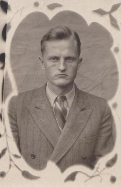 1.Vladislavs Urtāns 1946.gada augustā. Foto no Urtānu ģimenes arhīva